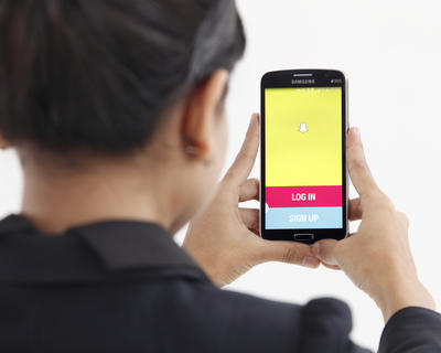 How to take your first Snap(chat)