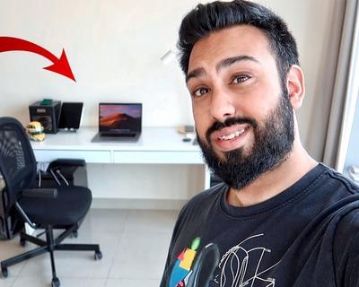 Tech Reviewer EMKWAN Shares His (Minimalistic) Desk Tour