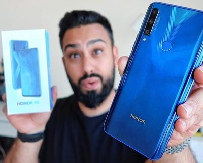 EMKWAN Unboxes the Honor 9X and Shares A First Look