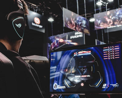 Exclusive Deal Between YouTube and Activision for Esports Streaming