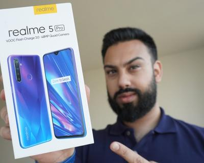 EMKWAN Shares An Unboxing Video of the Realme 5 Pro