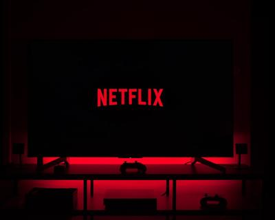 Here's how you can host a 'Netflix Party'