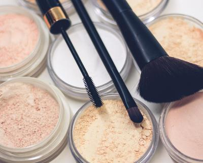5 Clean makeup brands you need to know about.
