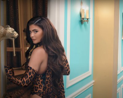 KYLIE JENNER AND BLACK TWITTER CLASH AGAIN