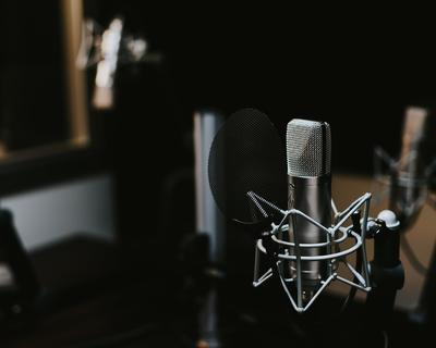 5 Podcasts in the U.A.E. we know you'll love!