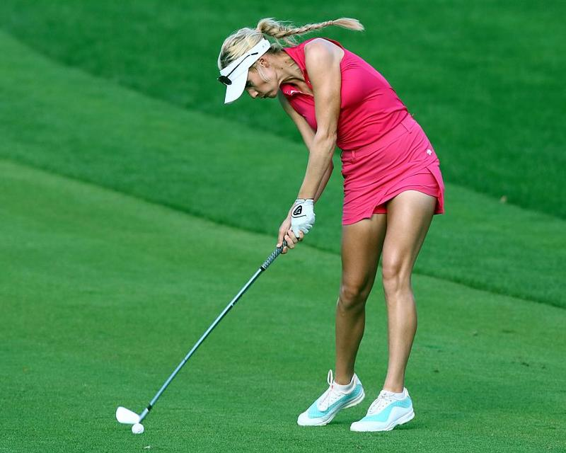 Paige Spiranac shows off golf skills in Dubai