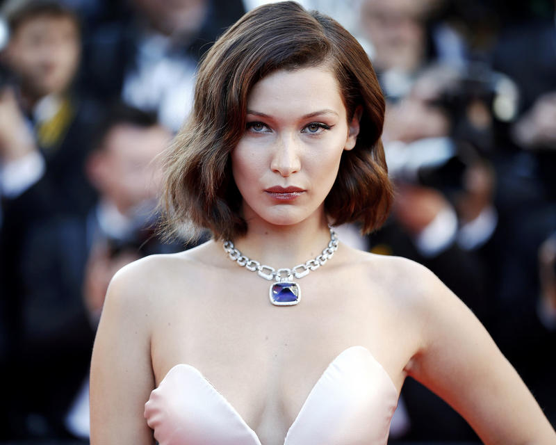 Bella Hadid Issues Apology Tweet in Arabic